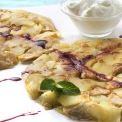 Crepe de Manzana con Helado.